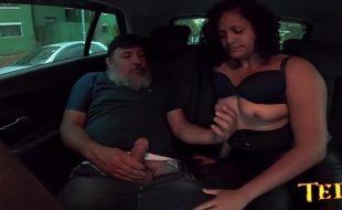 Carona do Ted o Tio pega a novinha - Aline Cassia - Sandro Lima